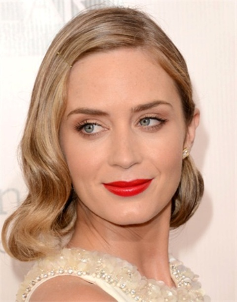 Picture Of from coral to cherry celebrities red lips looks  3