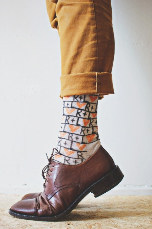 Fun And Creative DIY Personalized Men Socks