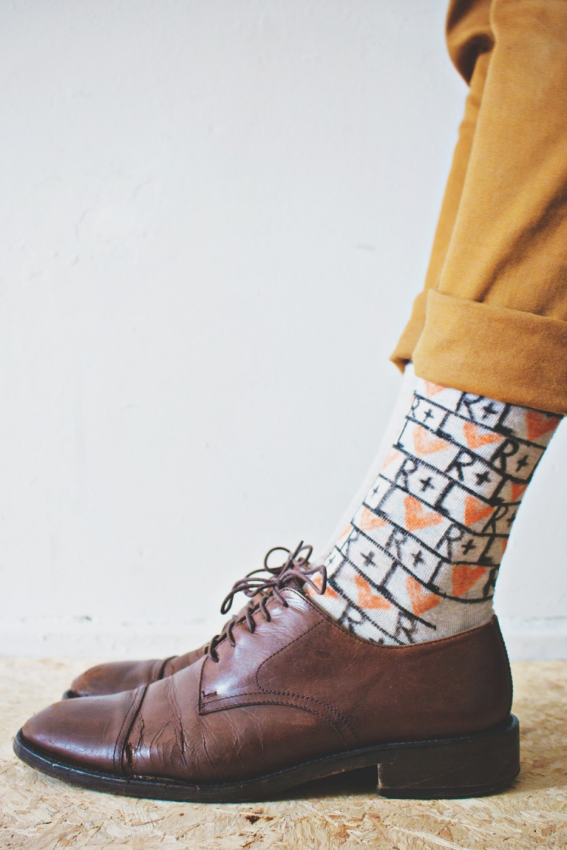 Picture Of fun and creative diy personalized men socks  7