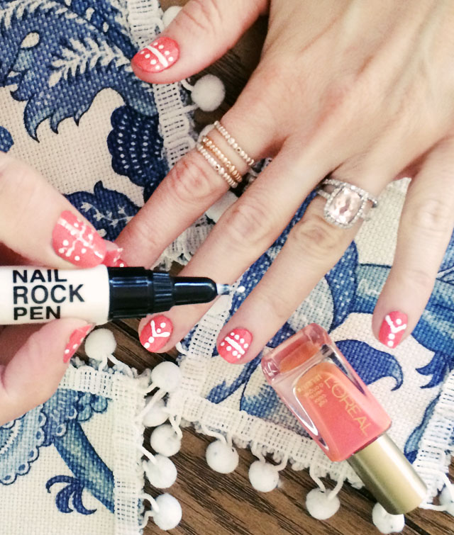 Picture Of fun and easy diy nail art with a nail pen  3