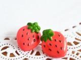 fun-and-flirty-diy-strawberry-earrings-to-make-1