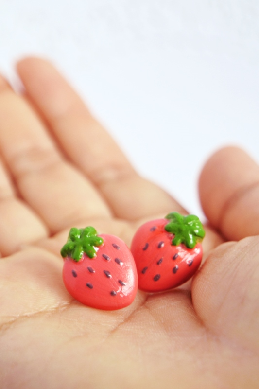 Picture Of fun and flirty diy strawberry earrings to make  2