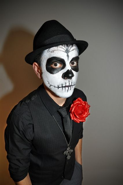 Picture Of fun andeasy halloween costumes for guys  4