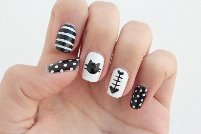 Picture Of funny diy black and white cat nails  6
