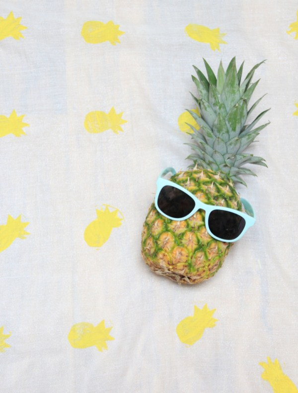 Picture Of funny diy pineapple scarf to wear in summer  3