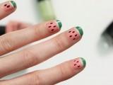 funny-diy-watermelon-nail-art-2