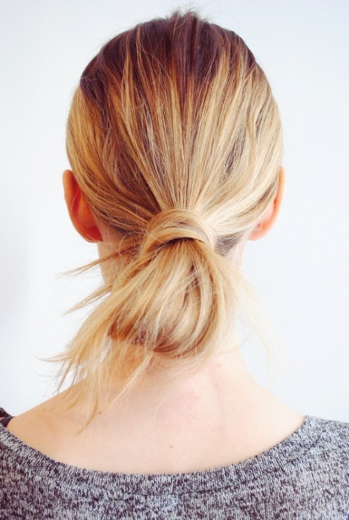 Fuss Free DIY Messy Looped Ponytail For Everyday Wear