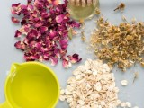 gentle-diy-rose-chamomile-face-scrub-to-try-2