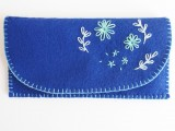embroidered flowers clutch