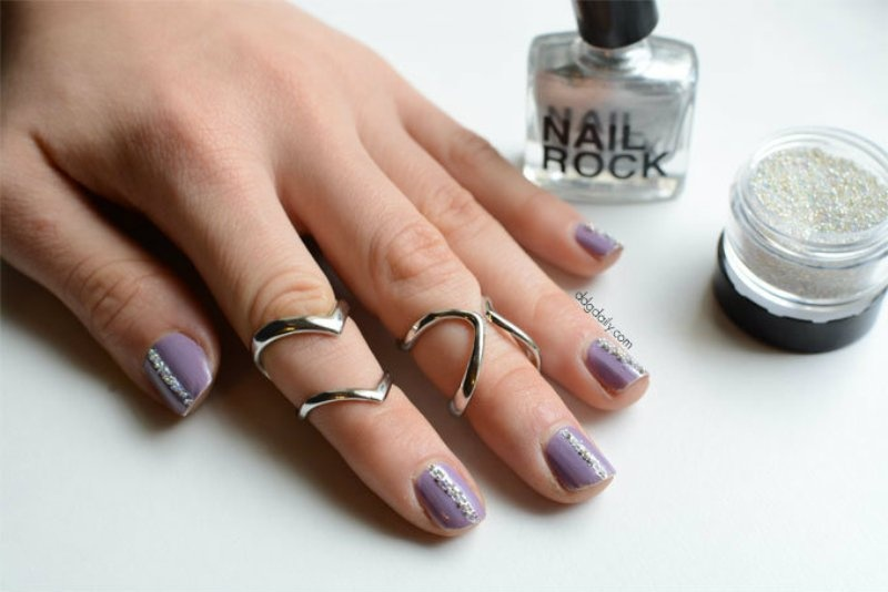 Picture Of glam diy caviar strips nail art for the party  1