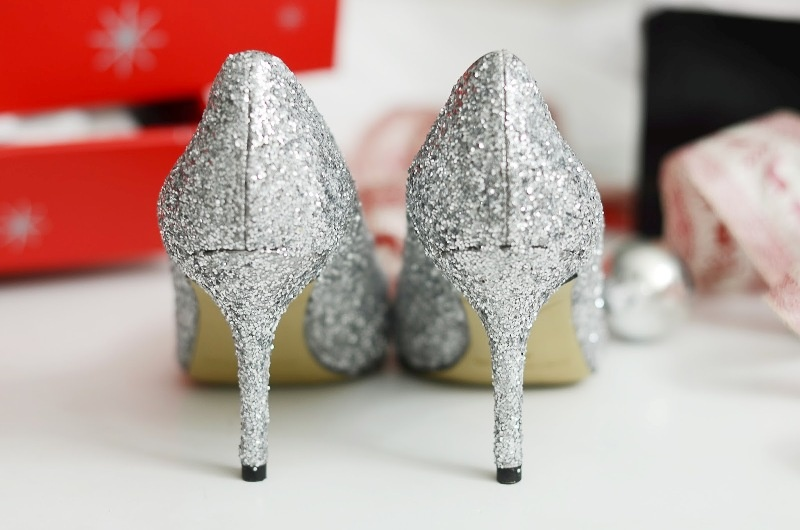 Picture Of glam diy sparkle pumps for christmas party  2