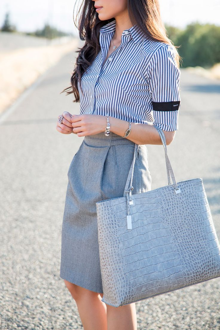 Picture Of gorgeous and girlish pencil skirt outfits for work  5