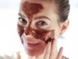 gorgeous-diy-chocolate-face-mask-to-try-1