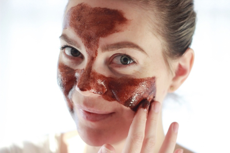 Picture Of gorgeous diy chocolate face mask to try  1