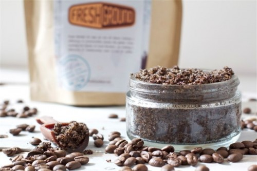 Gorgeous DIY Coffee And Vanilla Body Scrub