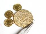 gorgeous-diy-dolcegabbana-inspired-coin-earrings-4