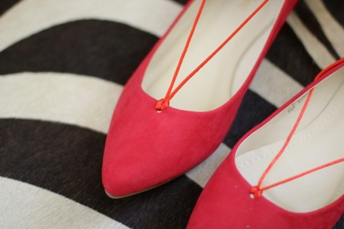 Gorgeous DIY Lace Up Ballet Flats To Make