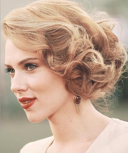Gorgeous Scarlett Johansson Retro Hairstyles