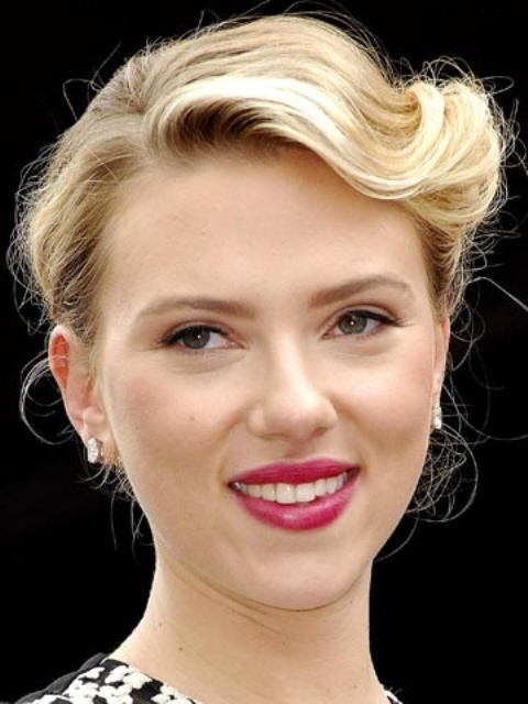 Picture Of gorgeous scarlett johansson retro hairstyles  2