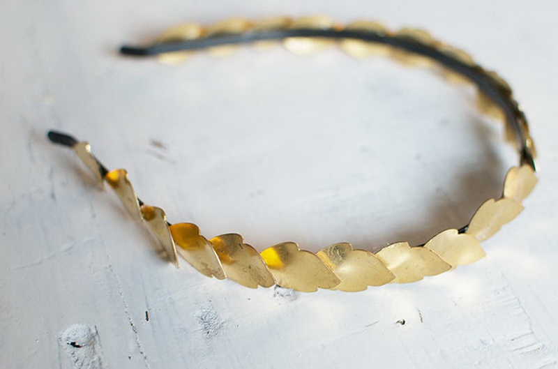 Picture Of grecian inspired diy gold leaf headband  3