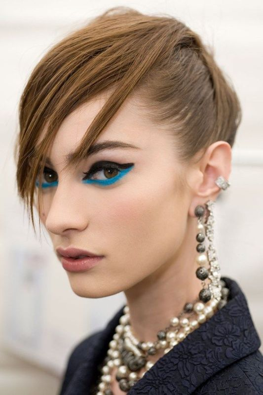 Picture Of hot 2014 trend 12 ideas to rock aqua blue eyeliner  10