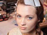 hot-2014-trend-12-ideas-to-rock-aqua-blue-eyeliner-7