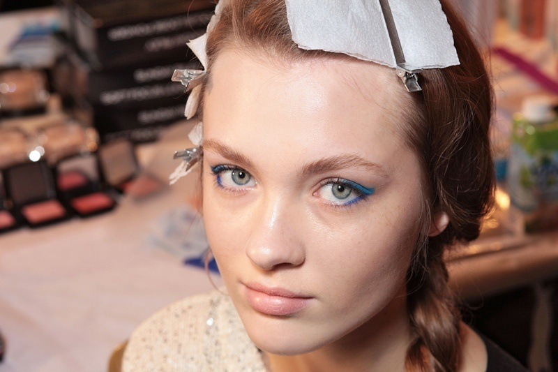 Picture Of hot 2014 trend 12 ideas to rock aqua blue eyeliner  7