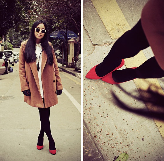 Picture Of hot red heels looks to make a statement  13