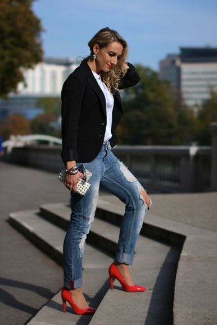 Hot Red Heels Looks To Make A Statement