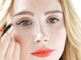 how-to-apply-liquid-eyeliner-like-a-pro-2