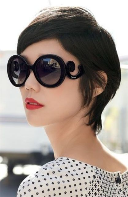 Picture Of how to choose sunglasses according to your face shape  5