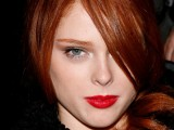 how-to-choose-the-righ-red-lipstick-for-your-skintone-14