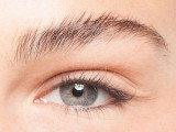 how-to-curl-your-lashes-right-5