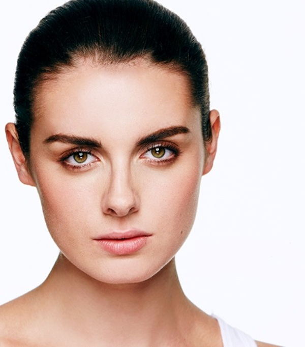 Picture Of how to get cara delevignes eyebrow look  1
