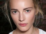 how-to-get-gorgeous-dewy-skin-3-tricks-and-10-ideas-2