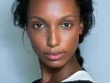 how-to-get-gorgeous-dewy-skin-3-tricks-and-10-ideas-4