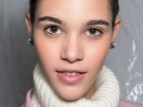 how-to-get-gorgeous-dewy-skin-3-tricks-and-10-ideas-5