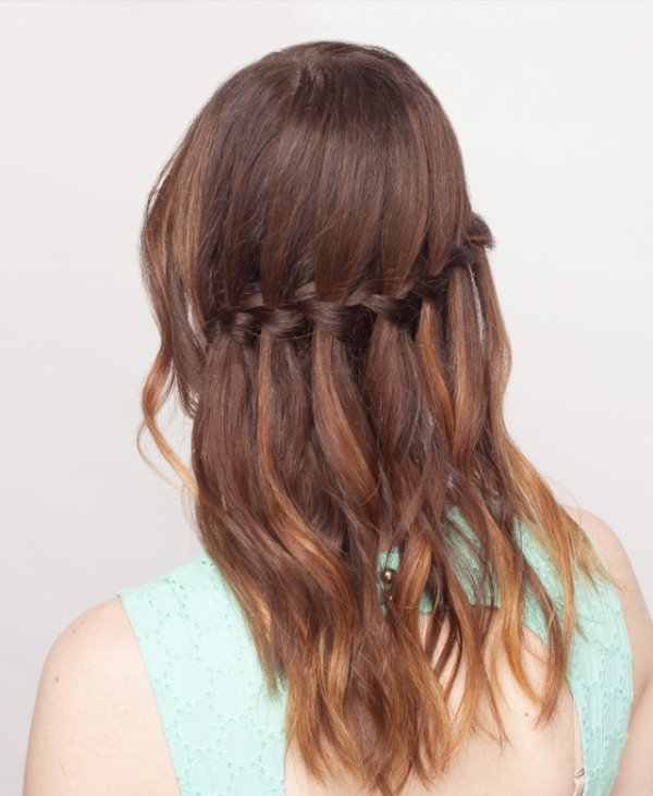 Picture Of how to make a waterfall braid on yourself  4
