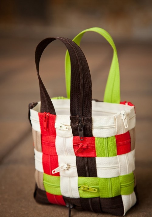 How To Make A Wonderful Zipper Bag