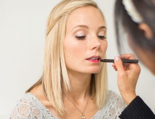 How To Make Daytime Perfect Bold And Bright Lips