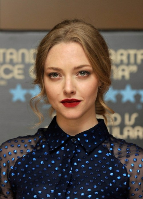 How To Rock Dark Lips: 15 Best Examples From Celebrities