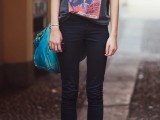 how-to-rock-graphic-t-shirts-10