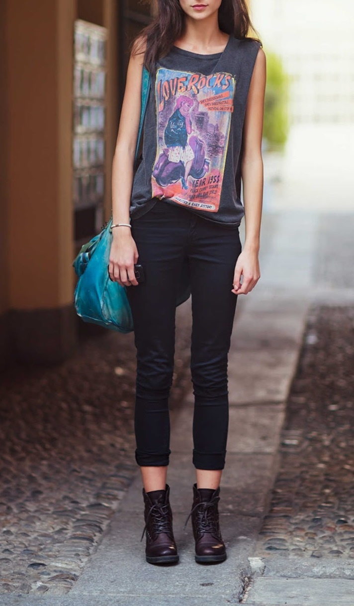 Picture Of how to rock graphic t shirts  10
