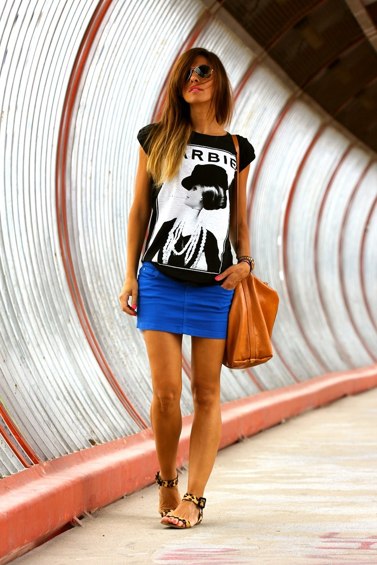 Picture Of how to rock graphic t shirts  4