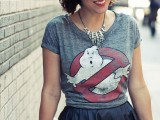 how-to-rock-graphic-t-shirts-6