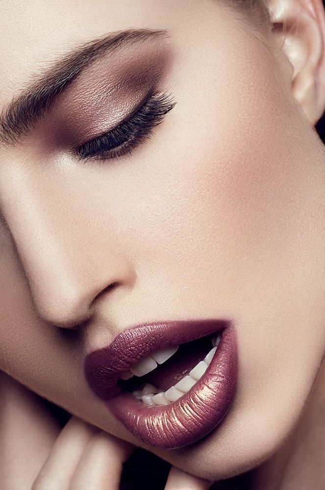 Picture Of how to rock marsala makeup examples  12