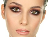 how-to-rock-marsala-makeup-examples-14