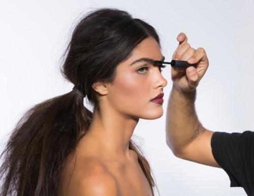 How To Wear Dark Vampy Lips