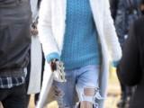 how-to-wear-distressed-denim-21-stylish-ideas-10