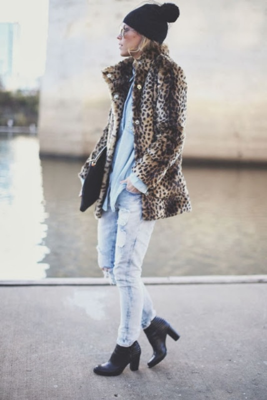 Picture Of how to wear distressed denim 21 stylish ideas  17